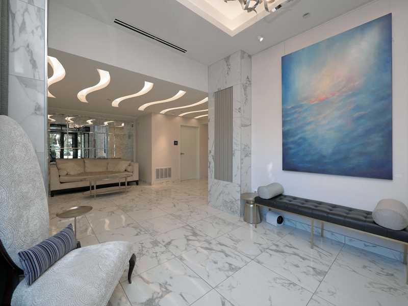 A boutique environment at The Hensley apartments in River North