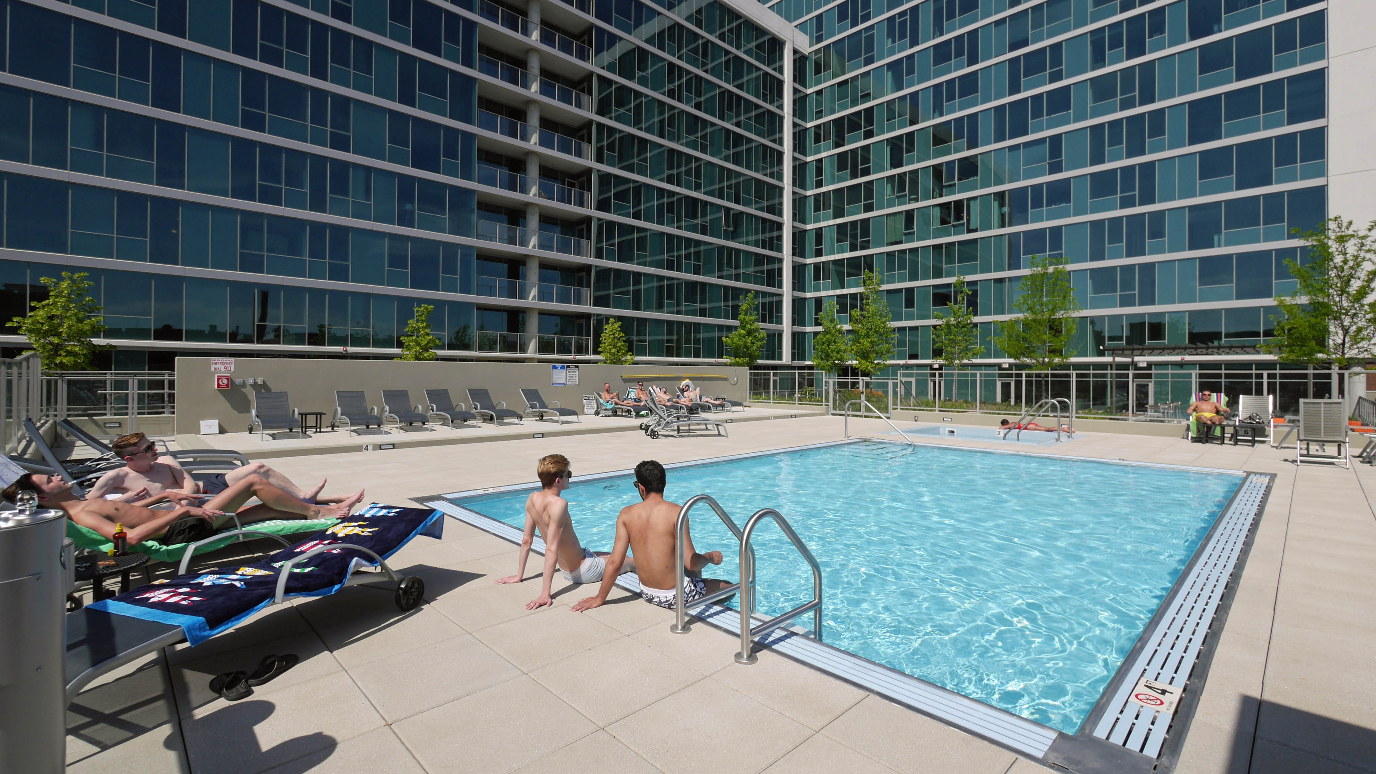riverwalk view luxury hotel chicago thewestinchicagorivernorth index private westin lincoln the il hotels north club river global