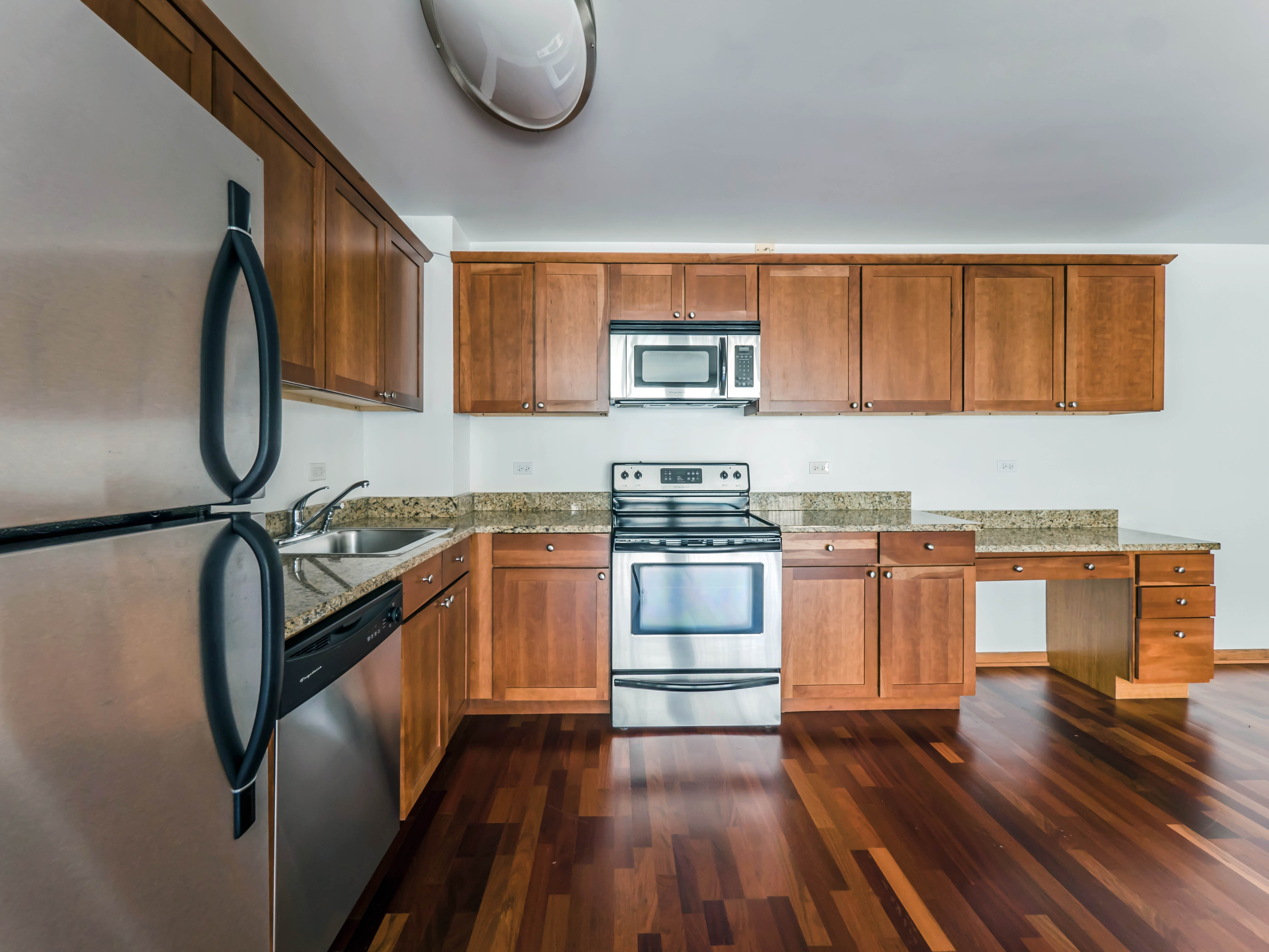 Nicely-renovated renovated Lakeview East apartments two blocks from ...