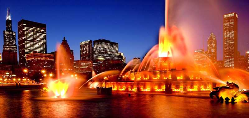 The light show at Buckingham Fountain, at Columbus Drive and Congress Parkway, is one of Chicago's most vaunted tourist attractions.