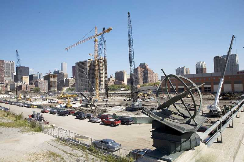 Prices rise with new towers in booming South Loop