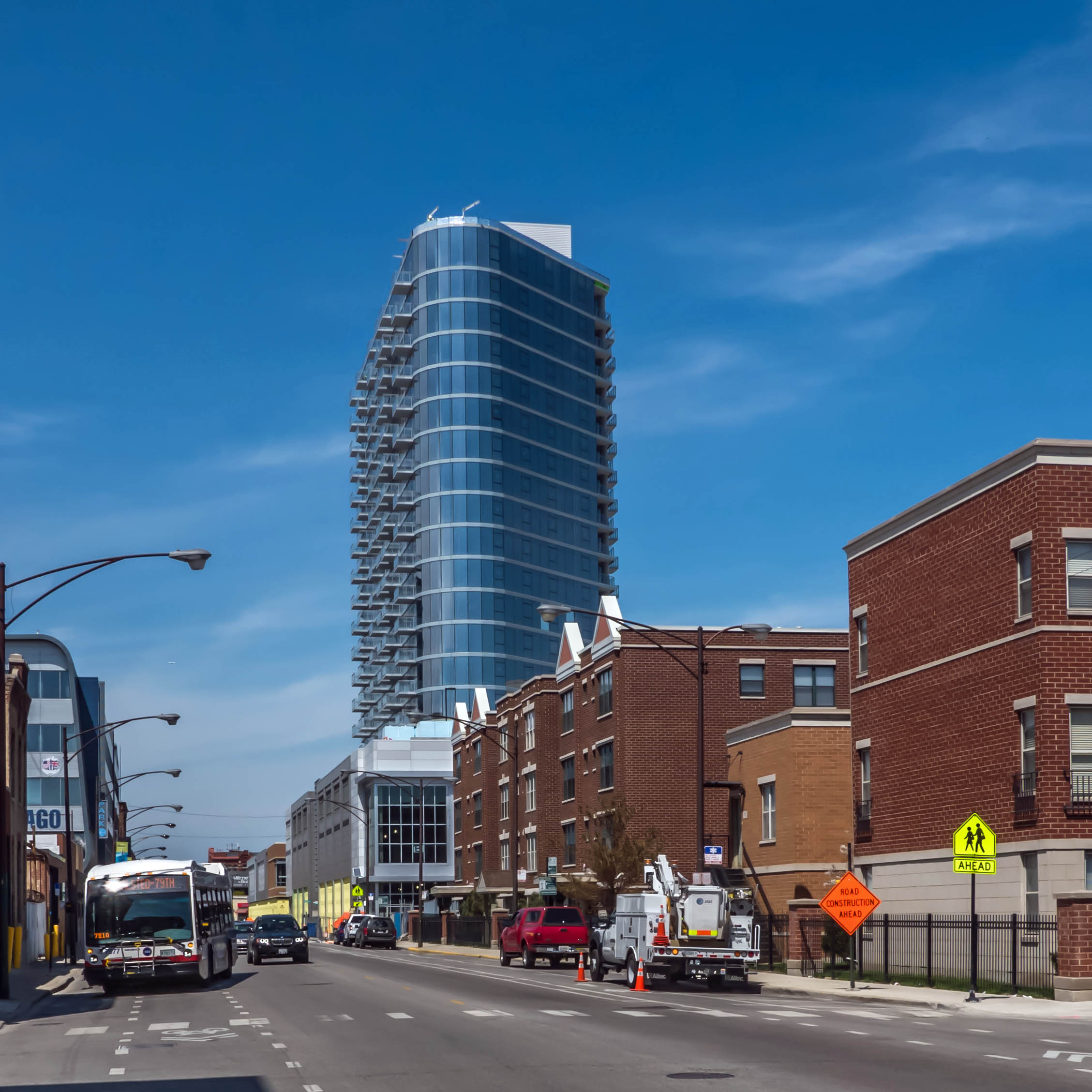 New City Rentals: NewCity Apartments, 1457 N Halsted St, Near North Side