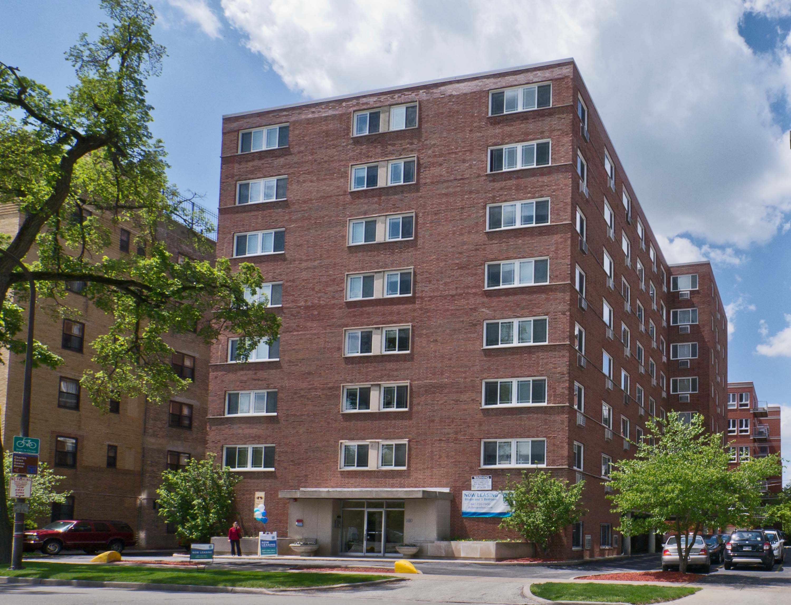 Brick Apartment Building evanston apartment review, 1410 chicago ave – yochicago