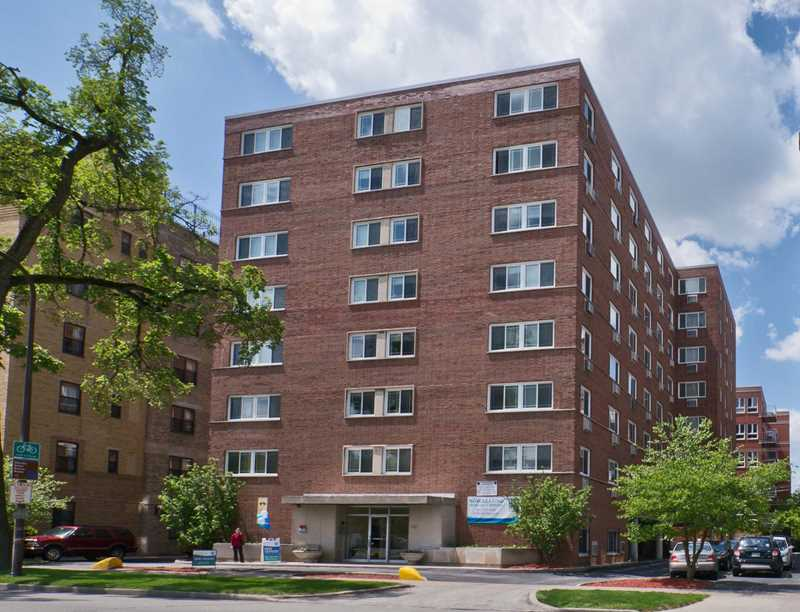 Evanston apartment review, 1410 Chicago Ave