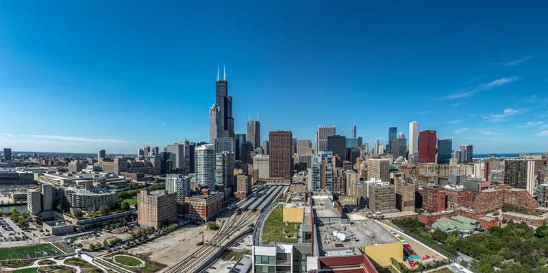 Tour the South Loop's new, amenity-rich 1000 South Clark apartments