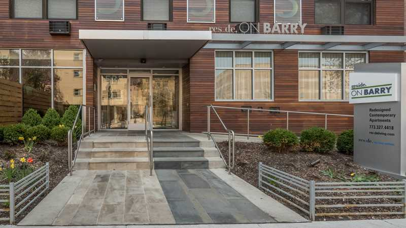 Reside on Barry, 533 W Barry Ave, Lakeview East