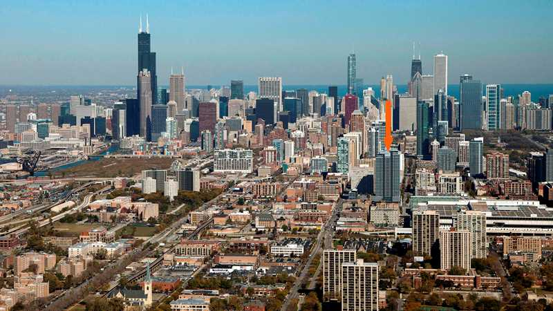 The LEX's great views focus on the new South Loop Mariano's