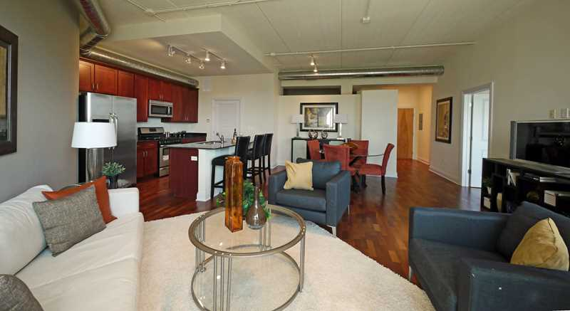 New condos at 4846 North Clark host first open house