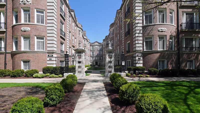 Evanston apartment review, 1509 Hinman Ave