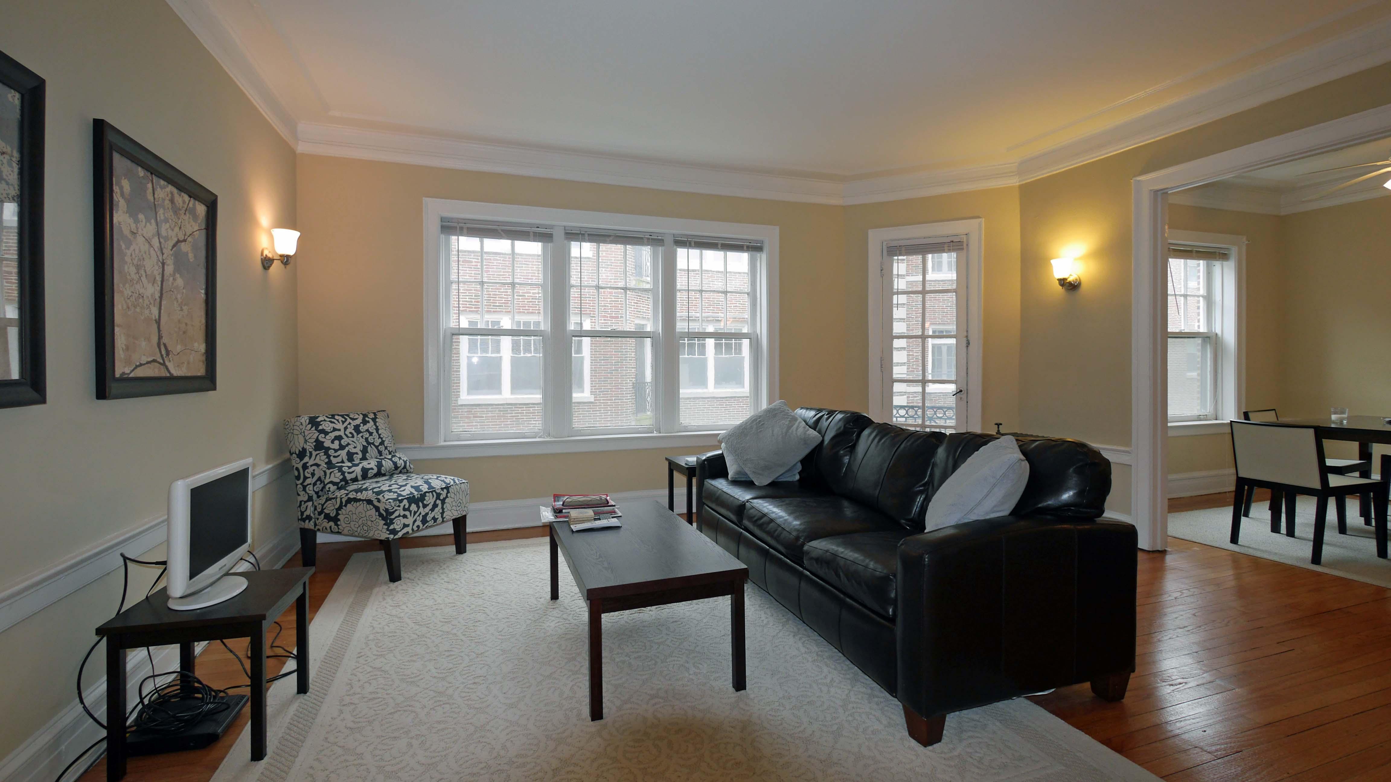 Evanston Apartment Review 1509 Hinman Ave Yochicago