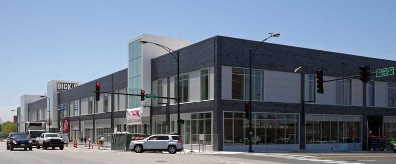 New South Loop condos have great access to big-box retail