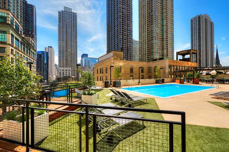 The Chicagoan, Chicago