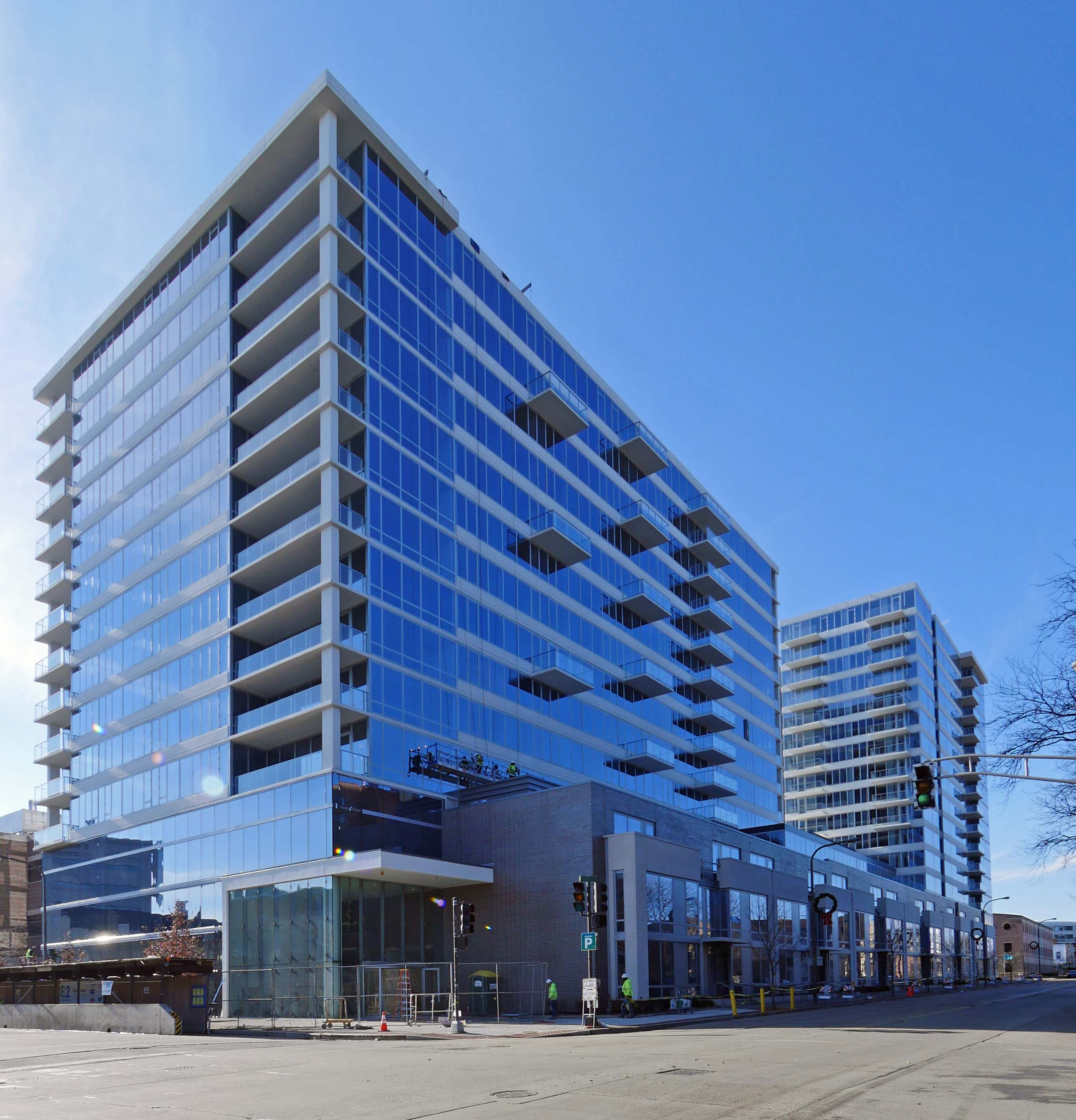 Apartment Reviews: Evanston Apartment Review, E2, 1890 Maple Ave