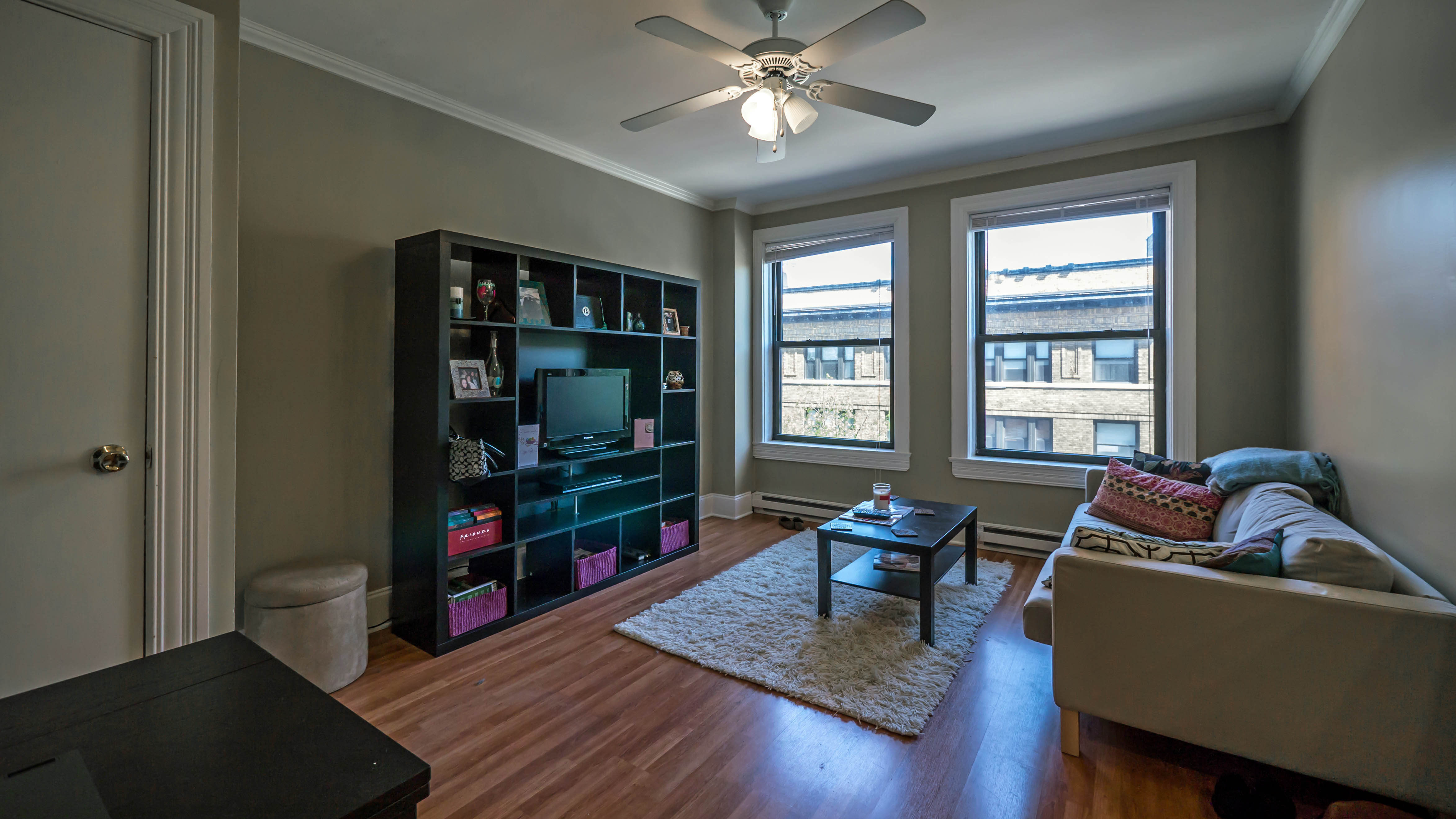 Evanston Apartment Review 860 Hinman Ave Yochicago