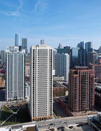 Echelon Chicago apartments, 353 N Desplaines St, Fulton River District