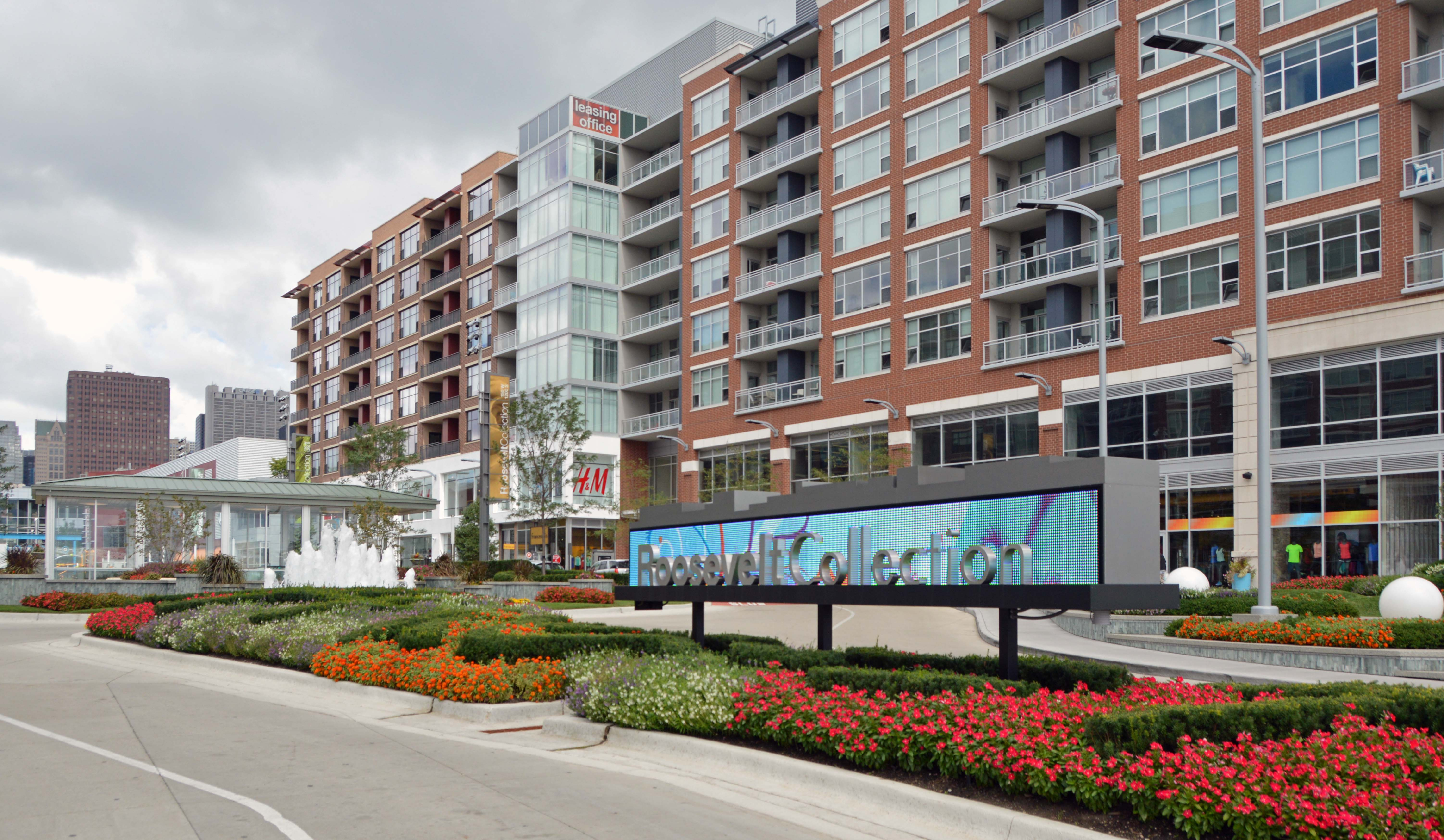 lofts at roosevelt collection 150 w roosevelt rd south loop