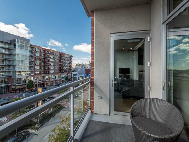 South Loop loft apartments save you time and money