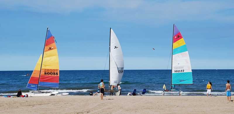 Wilmette sailing beach