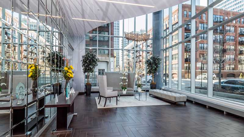 Rent a River North luxury apartment at a discount