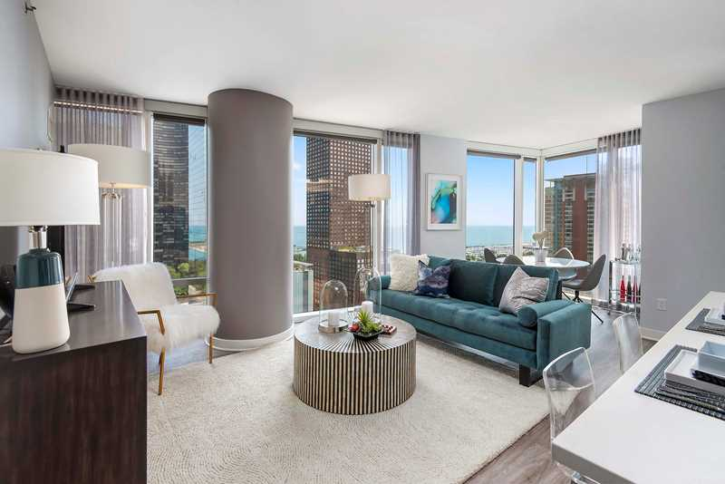First look – a 2-bedroom, 2-bath at Streeterville's new Moment apartments