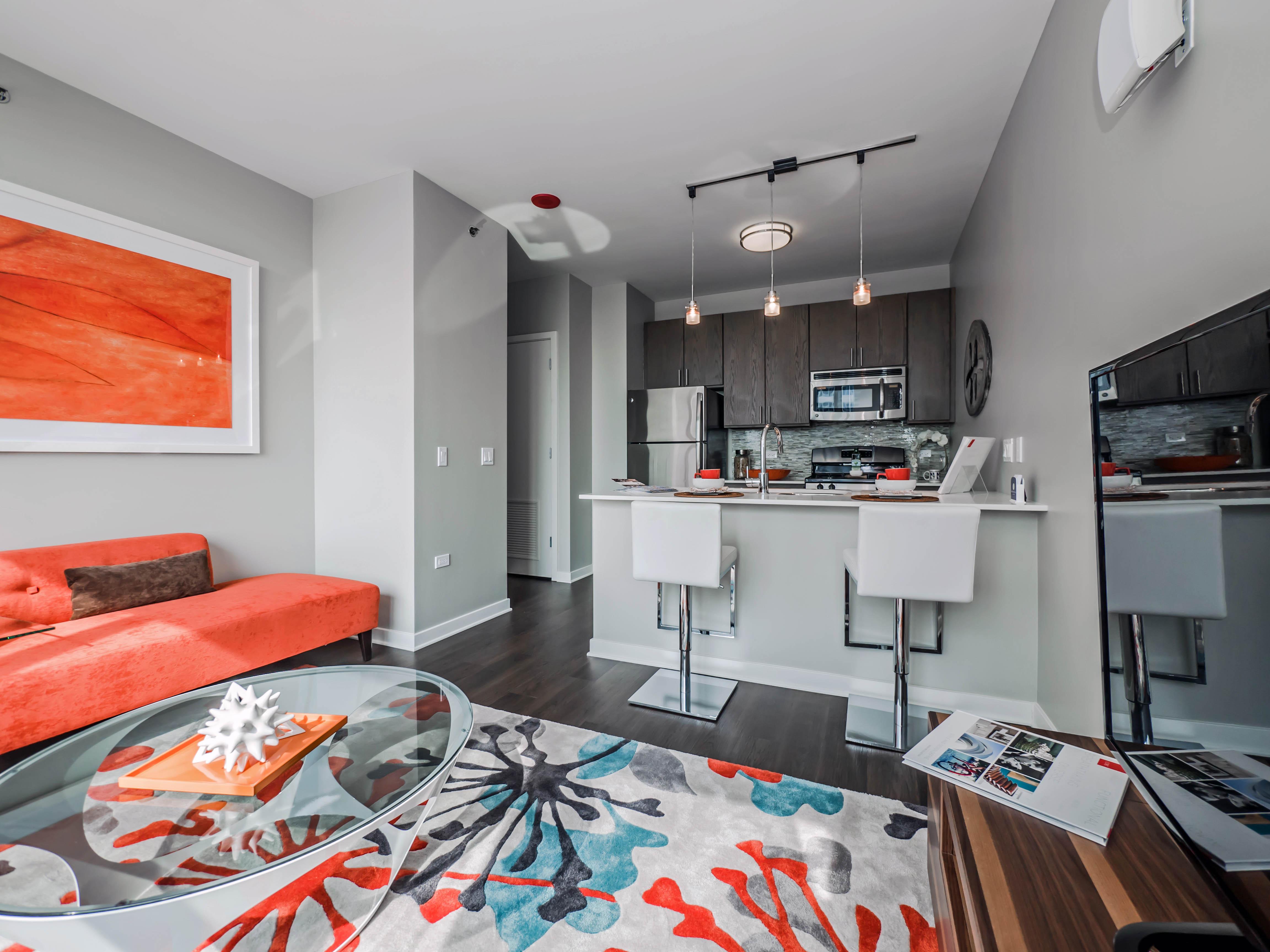 E2 Apartments Designer Showcase draws a crowd to Evanston – YoChicago