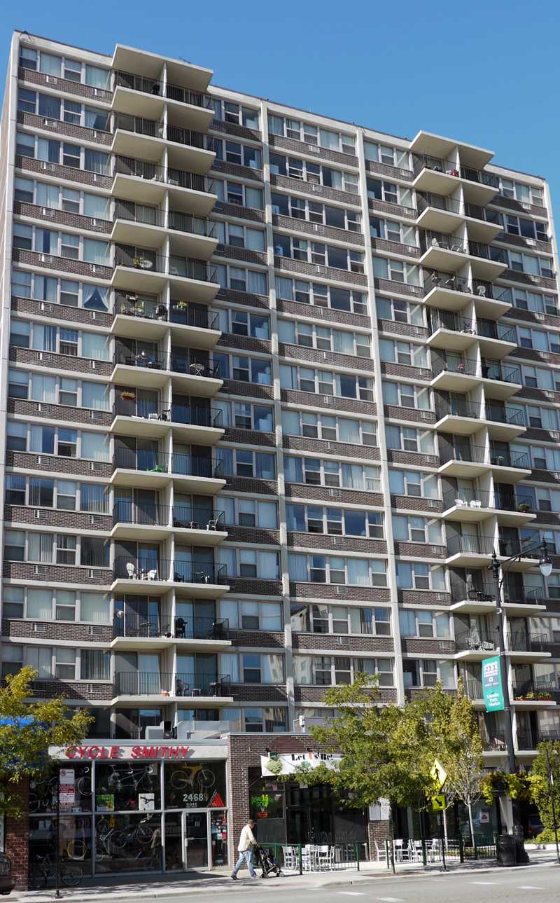 Park Lincoln by Reside apartments, 2470 N Clark St, Lincoln Park