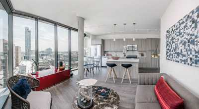 New West Loop apartment tower welcomes its first residents