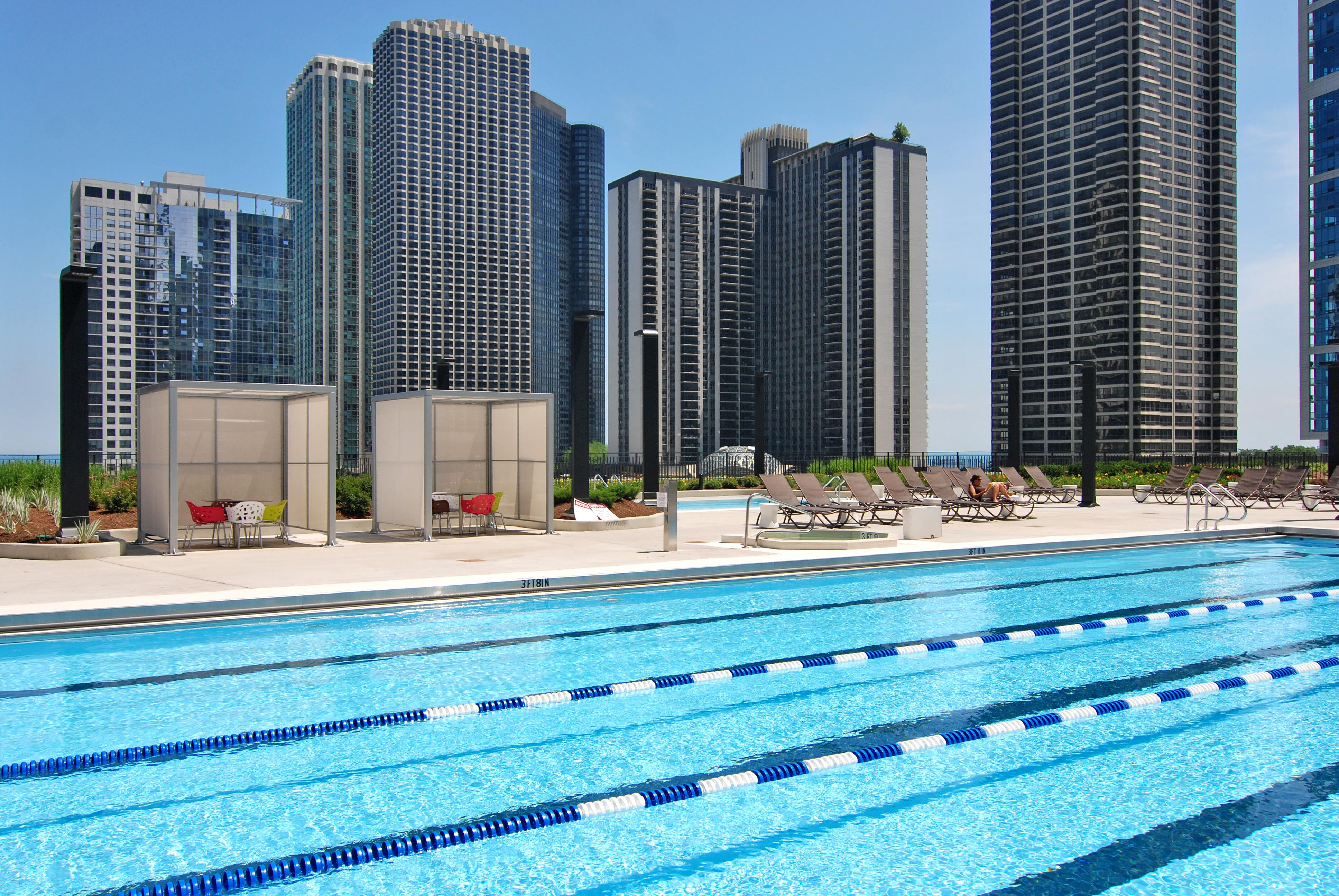 Take The Plunge At These Outdoor Pools Yochicago Best Hotel In Chicago
