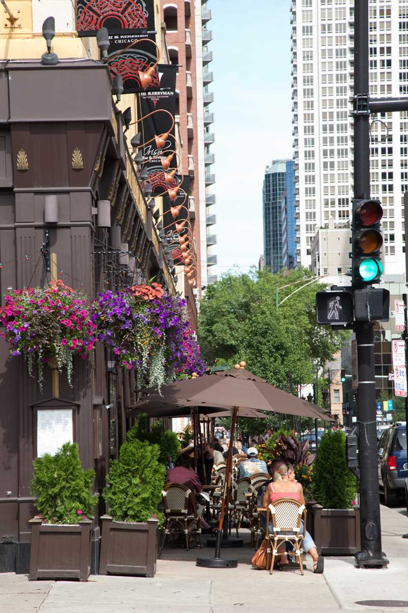 Streetscape, River North, Chicago, Kardas Photography