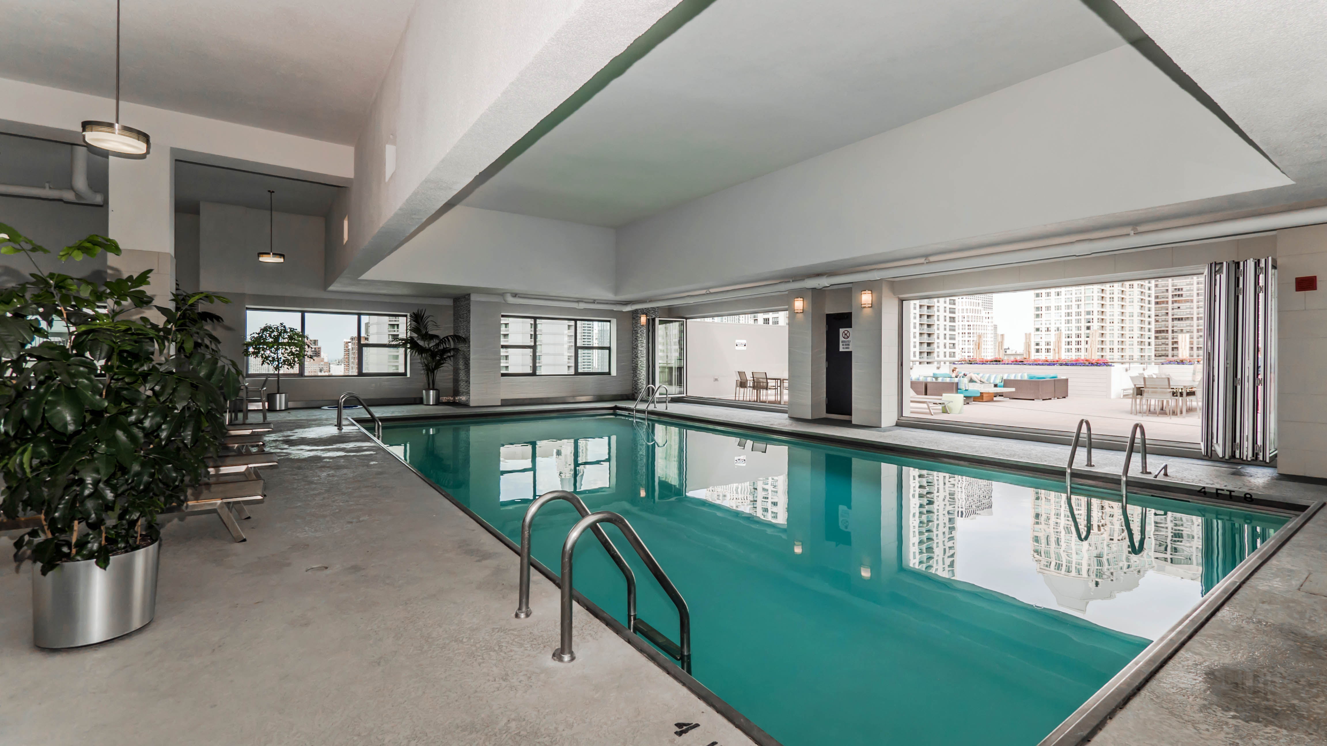 A list of River North and Streeterville apartments with indoor ...