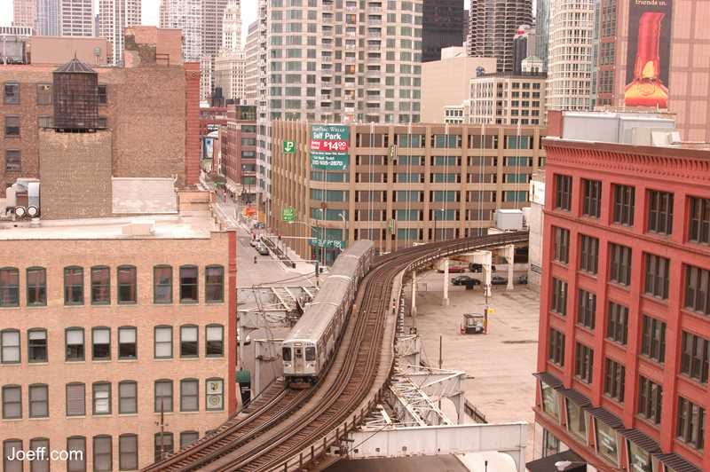 L through River North, Chicago, Joeff Davis photo
