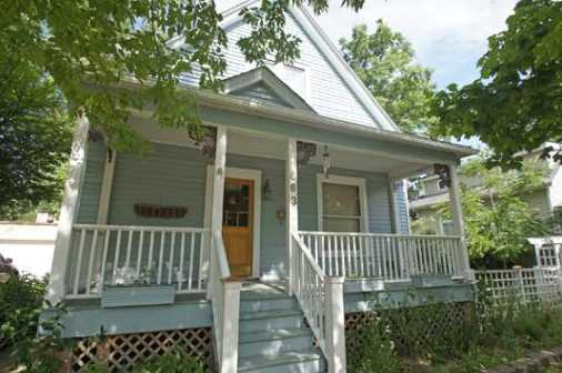 Deal of the month – Lake Forest charmer for $180K