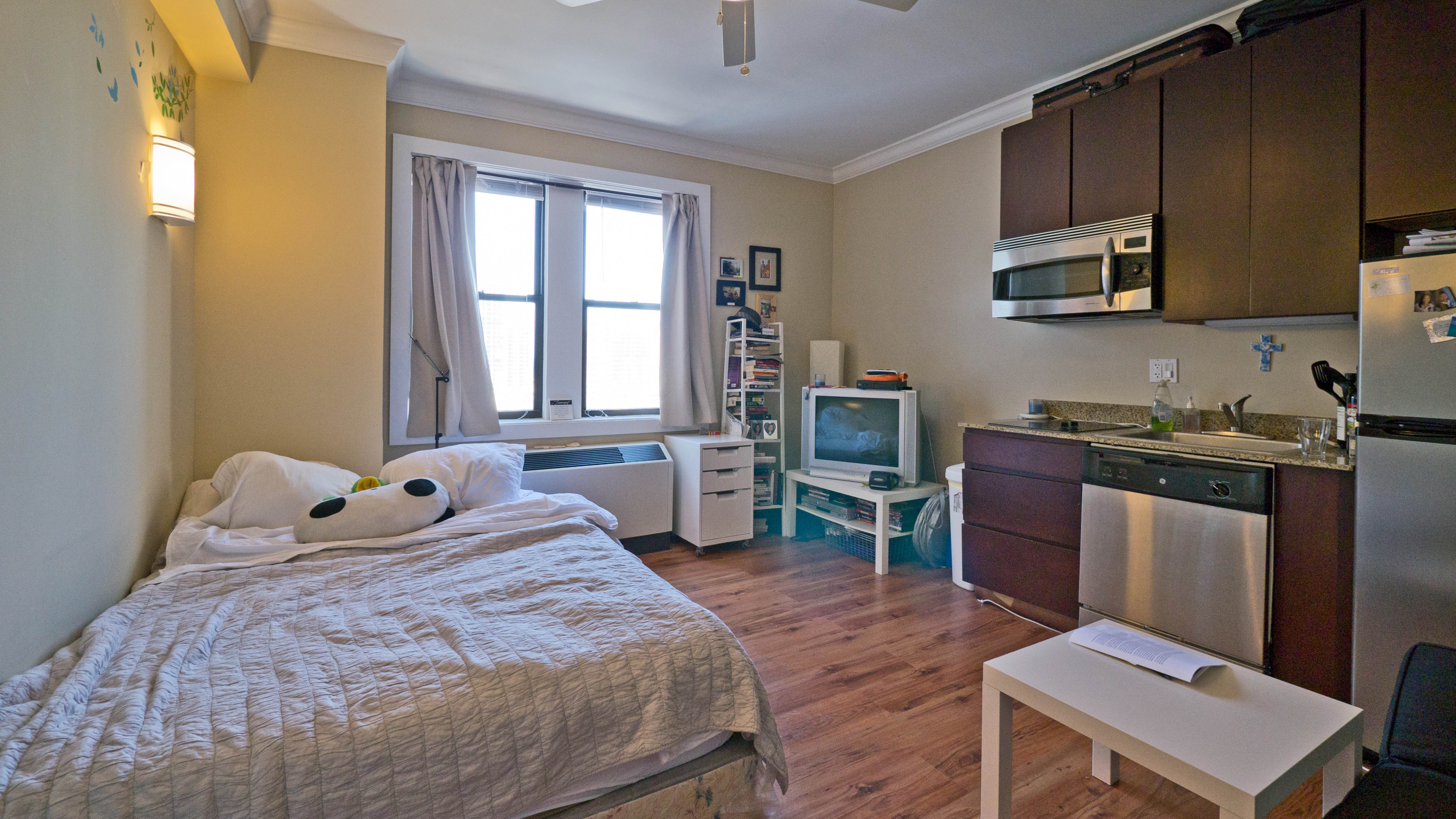 One Bedroom Apartments For Day Short Term Apartment Rentals In Los Angeles Regarding 1