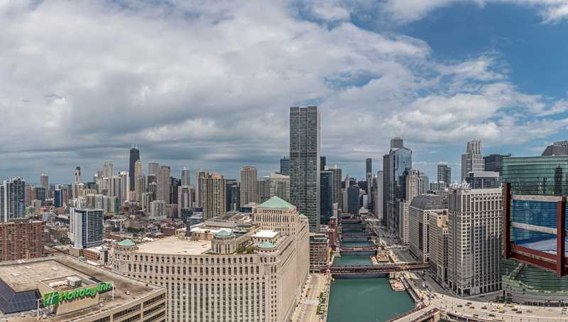 Chicago rental services' biggest lie is one word: free
