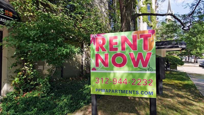 1120 North LaSalle apartments, Gold Coast adjacent