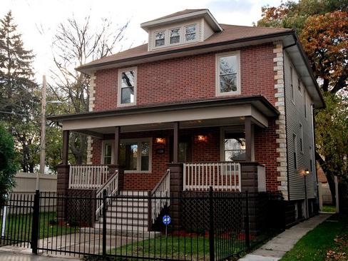 In West Pullman A Mini Mansion Goes For 179 000