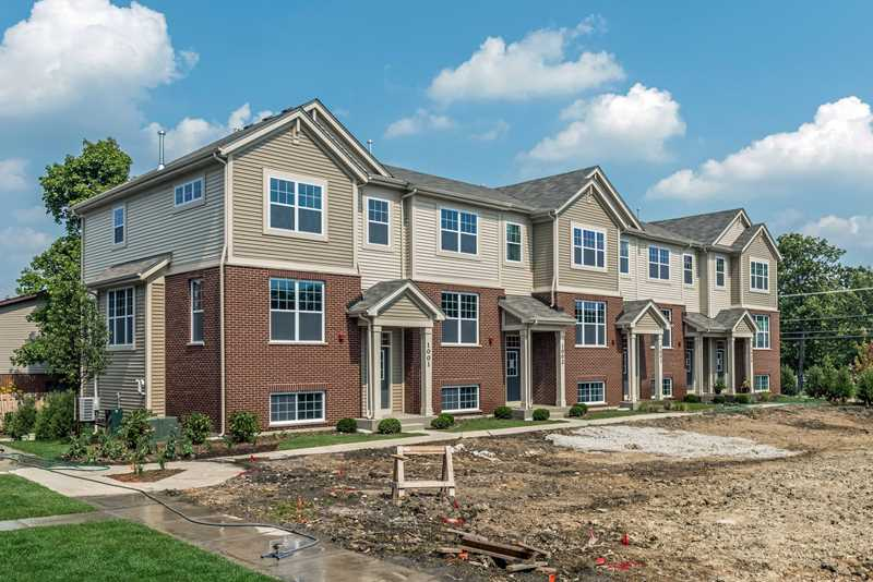 Tour a new townhome at Park Ridge Place