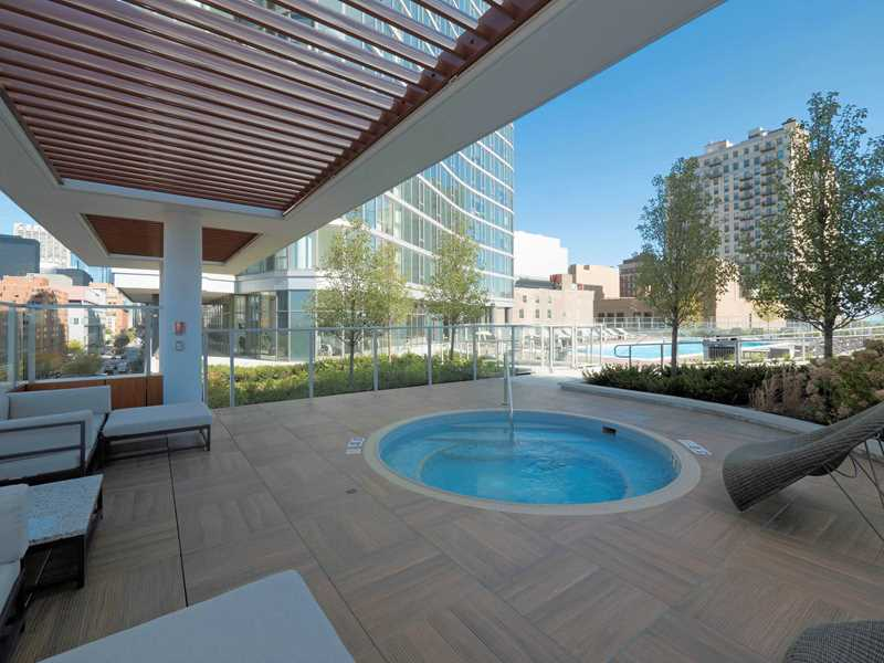 Pool deck, 1001 S State, Chicago