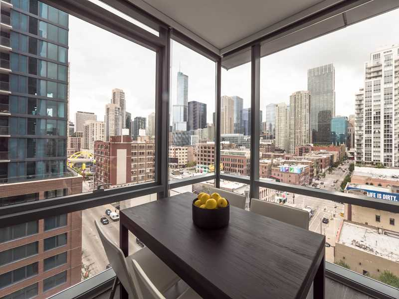 Designer interiors in the heart of River North at new SixForty apartments