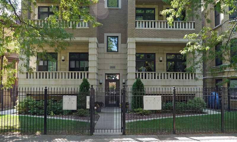 The exit line from a Rogers Park condo – Check, please