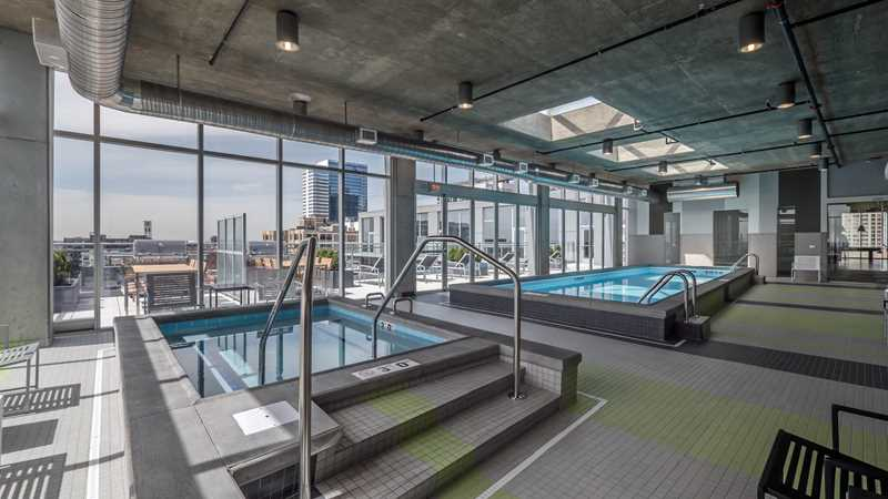 Convertibles and a 2-bedroom at JeffJack in the West Loop