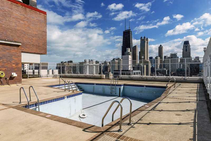 Pool deck, Astor House, Chicago