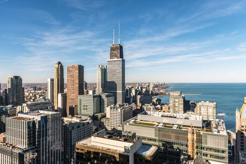 Luxury Streeterville apartments available now through March