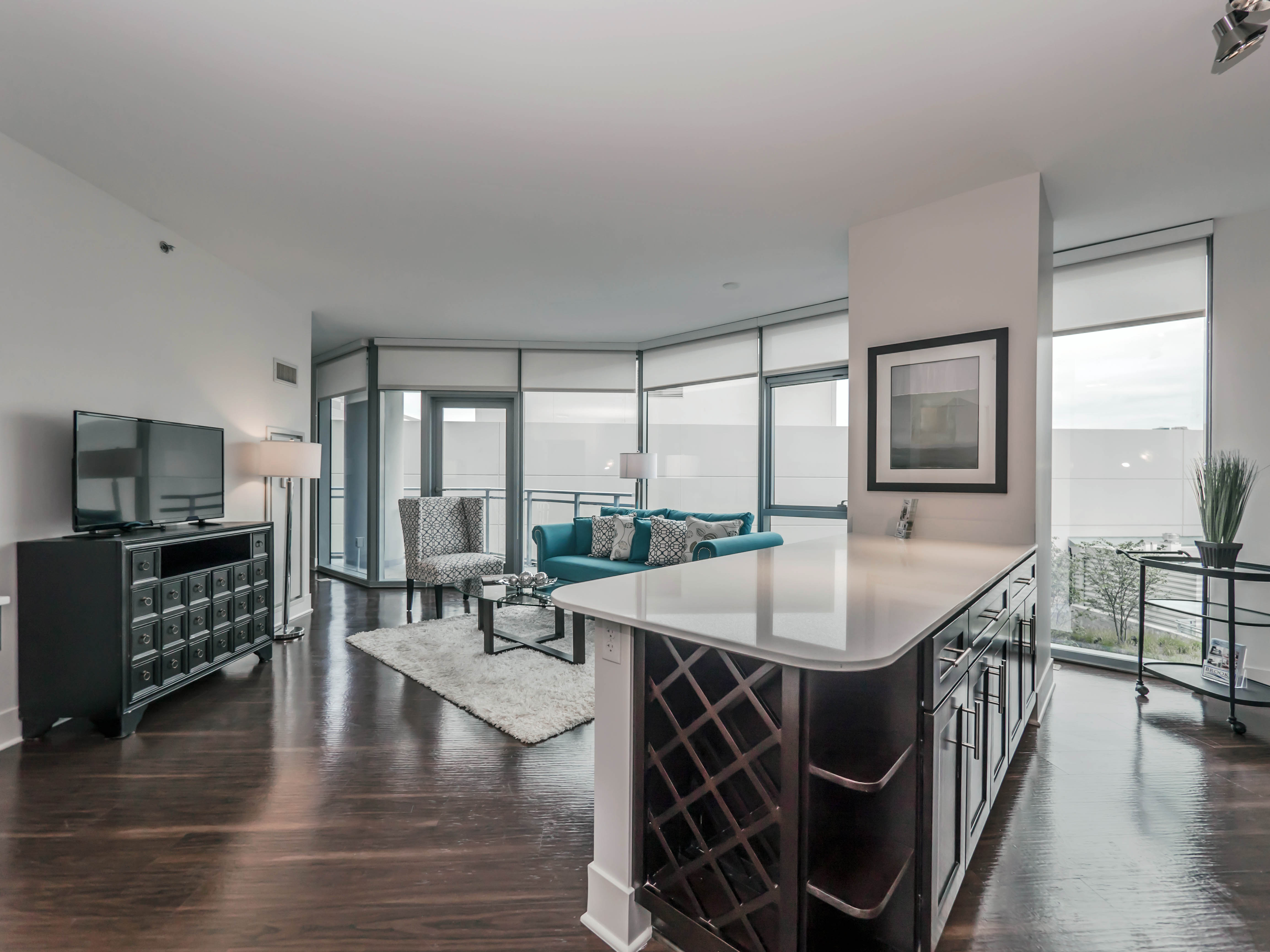 tour a one bedroom plus den at the new new city apartments yochicago