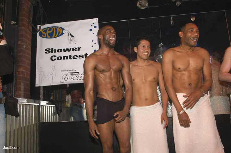 Joeff Davis photo, shower night at Spin, Chicago, IL