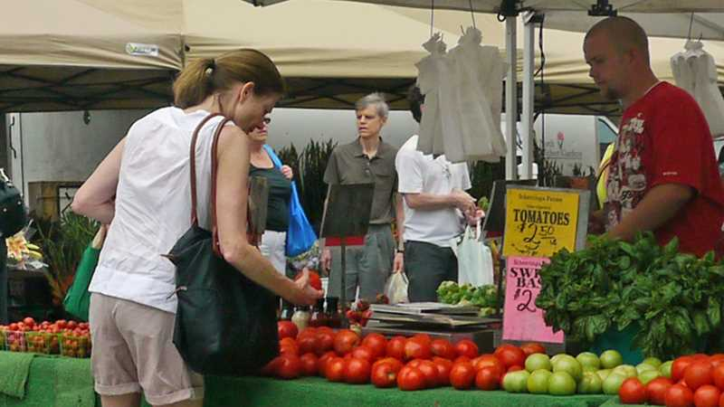 New farmers market a 3-minute walk from K2 Apartments
