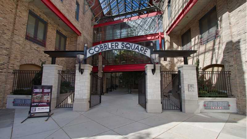Cobbler Square Lofts, 1350 N Wells St, Old Town