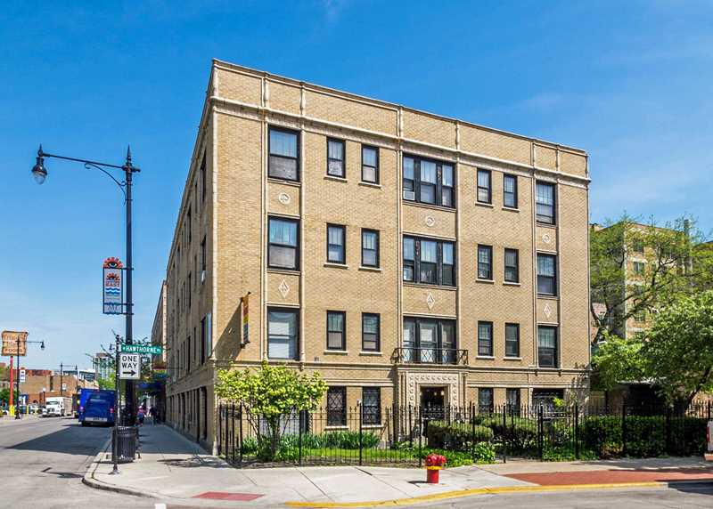 596 W Hawthorne, Chicago