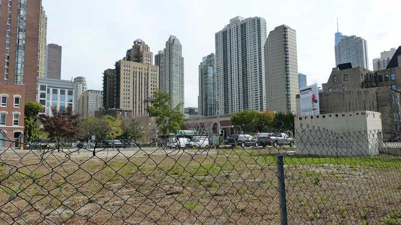 Build a 20,000 square foot mansion on this River North site