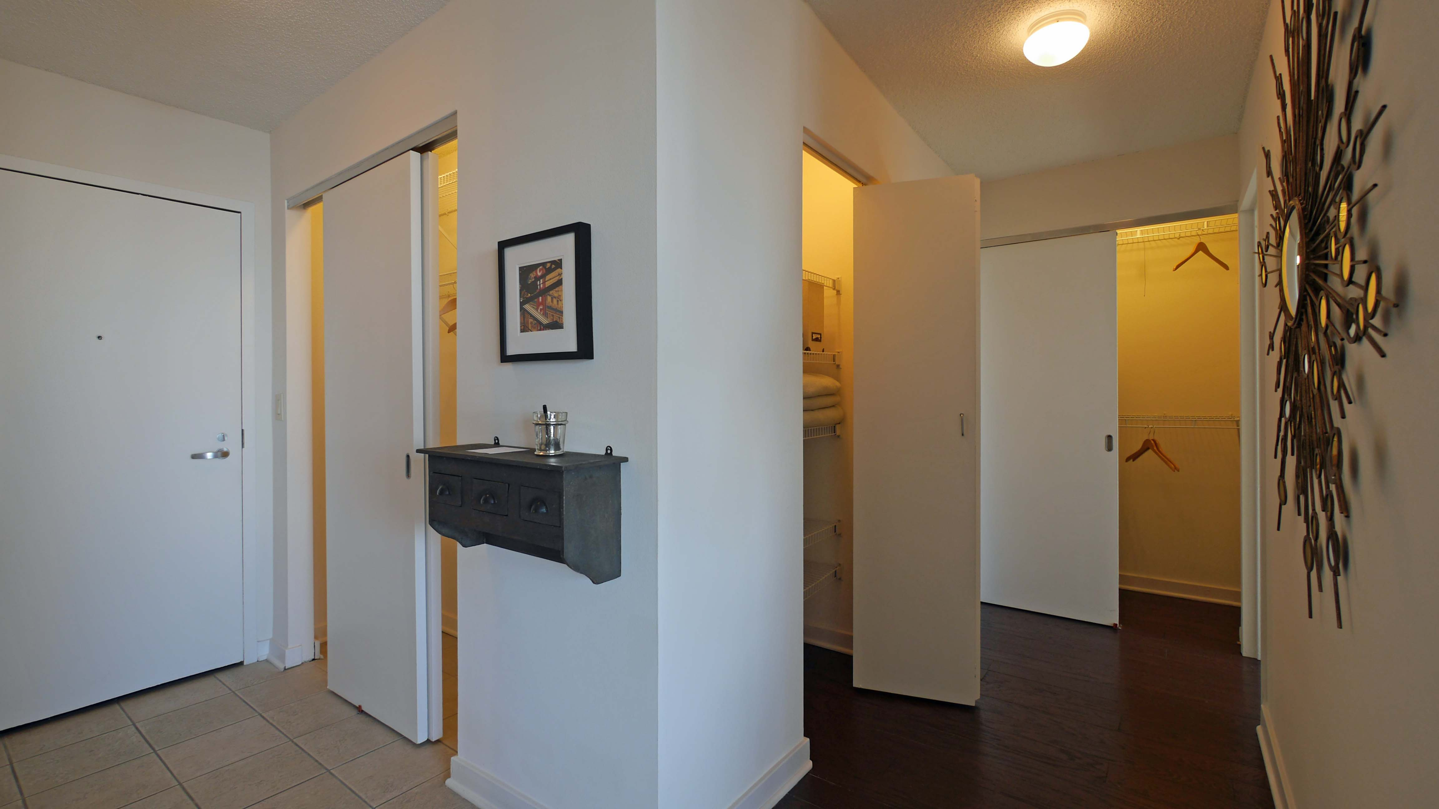 chicago apartments streeterville the in yochicago checking one bedroom apartment a out